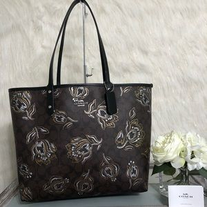 Coach Reversible City Tote Tulips NWT F78282